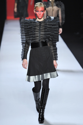 >Viktor & Rolf Fall Winter 2011/12